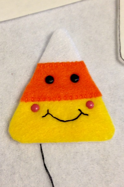 Felt Halloween Ornaments Tutorial and Free Pattern - Candy Corn Face - Felt With Love Designs