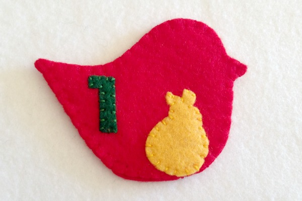 12 Days of Christmas Finger Puppets - Day 1 and 2 finished partridge - Felt With Love Designs