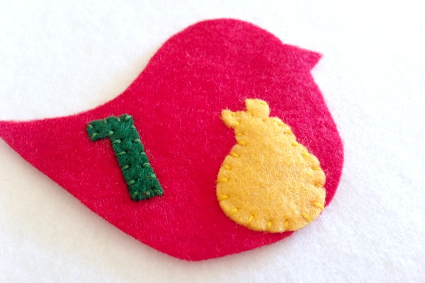 12 Days of Christmas Finger Puppets - Day 1 and 2 partridge and pear - Felt With Love Designs