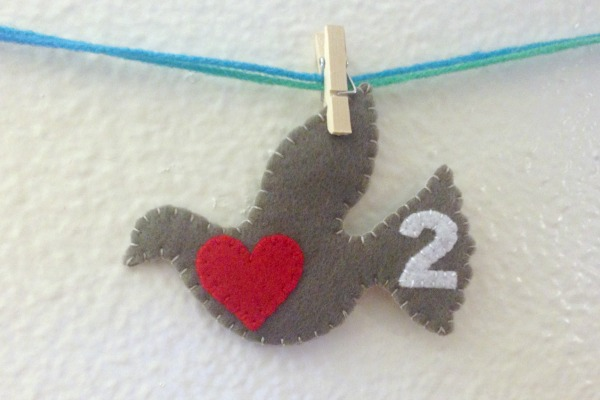 12 Days of Christmas Finger Puppets - Day 1 and 2 turtledove - Felt With Love Designs