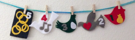 12 Days of Christmas Finger Puppets Tutorial and Free Pattern {Day 5}