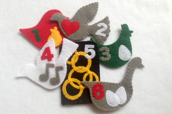 12 Days of Christmas Finger Puppets - Day 6 Six - Felt With Love Designs