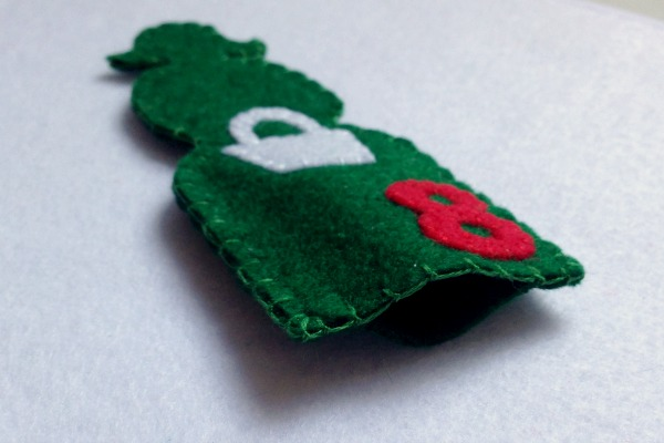 12 Days of Christmas Finger Puppets - Day 8 bottom - Felt With Love Designs
