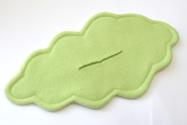 2 Snail tutorial and free pattern - sew a softie day - felt with love designs
