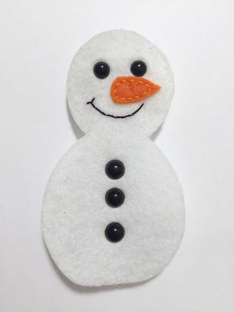snowman-softie-free-pattern-and-tutorial-1-felt-with-love-designs