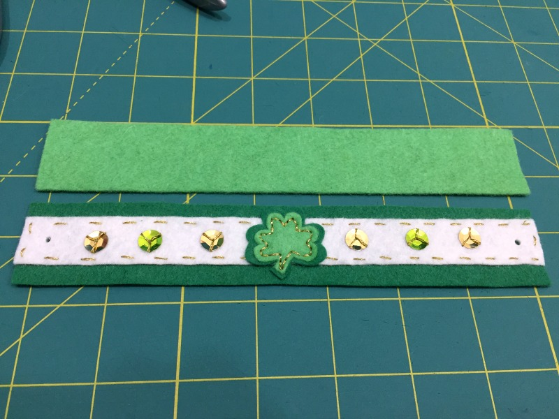 St Patrick's Day Shamrock Bracelet Tutorial and Free Pattern - Felt With Love Designs-2